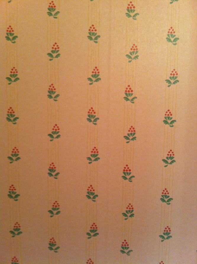 Aningen mörk foto men det visar ändå hur tapeterna såg ut i de två små sovrummen i gamla huset.