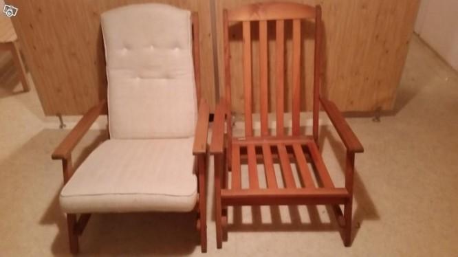Identiska stolar med de däcksstolar vi förlorade i branden, inköpta på blocket.
