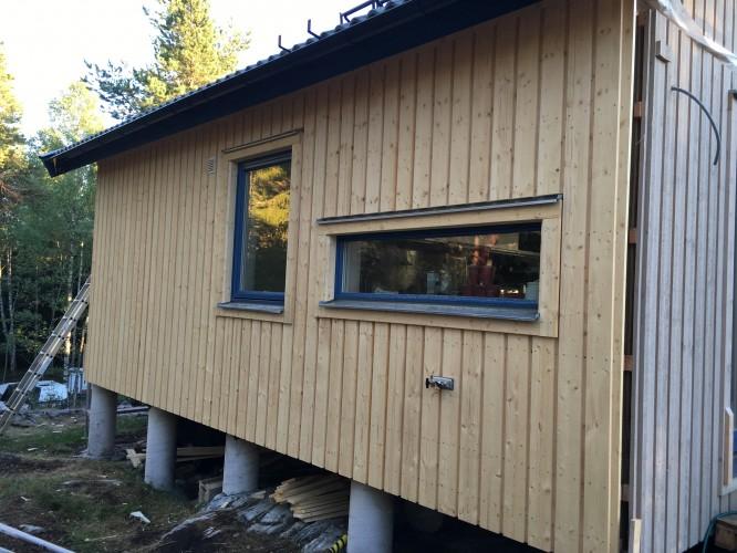 Vår fina nya fasad mot norr!