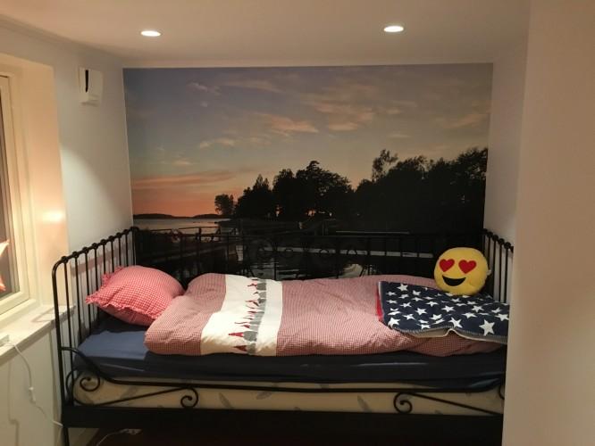 J:s rum äntligen inflyttat, 5 månader efter att vi andra fick våra rum.