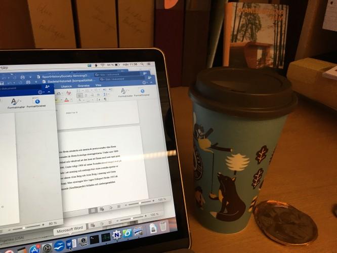 Nobelmedalj i mörk choklad och kaffe för god arbetsmoral.