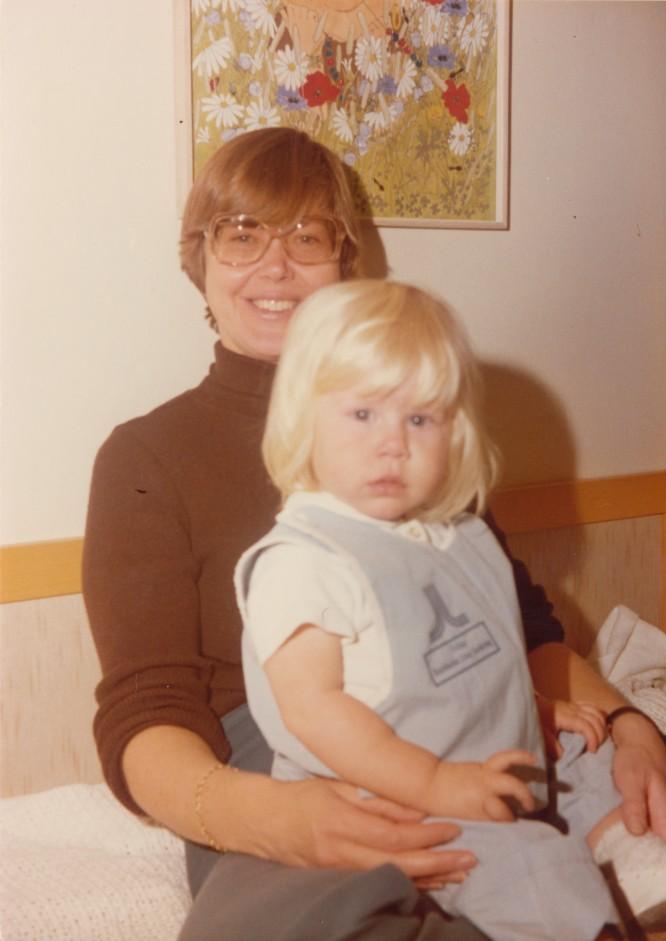 Jag iklädd sjukhuskläder på S:t Görans barnsjukhus någon gång 1975-76.