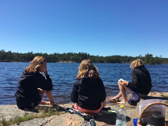Picknick och bad vid en sjö, 6/7-2017
