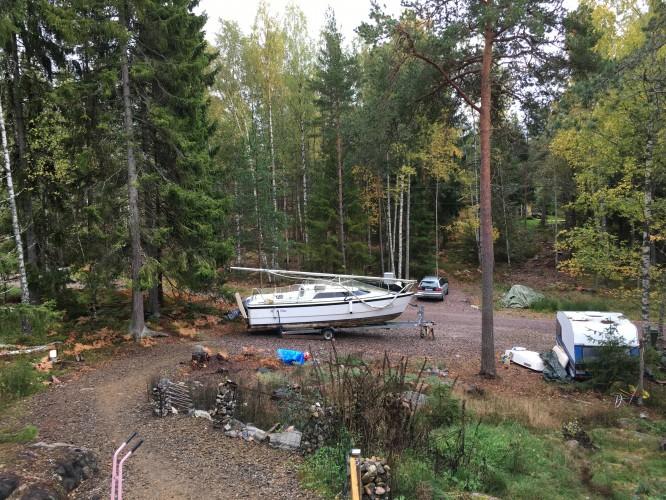 Båten på vår parkering <3